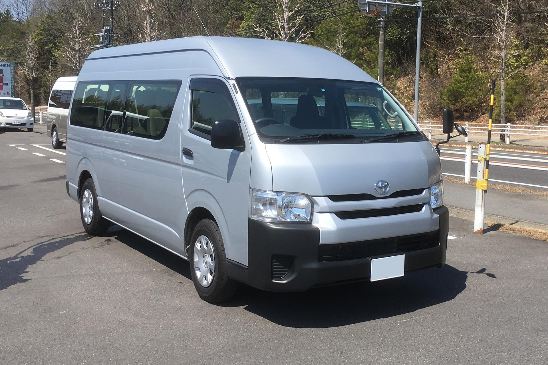 トヨタハイエースワゴンA